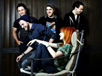 Paramore Daydreaming OFFICIAL VIDEO Free